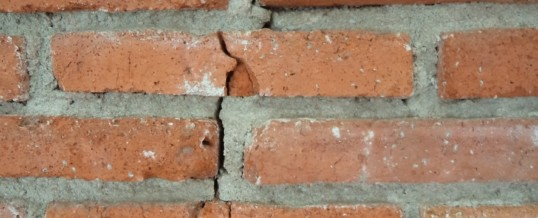A Homeowner's Guide to Foundation Cracks